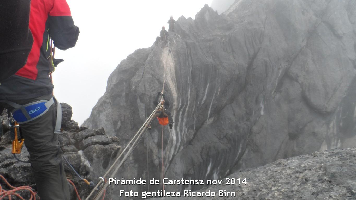 Pirámide de Carstensz