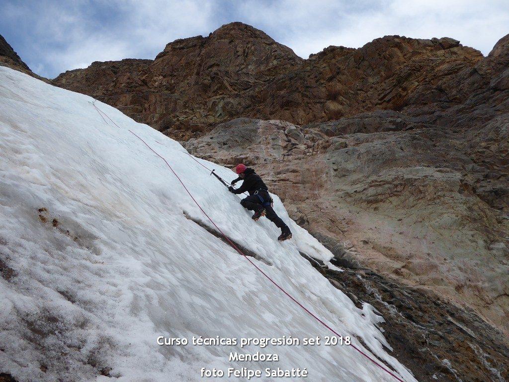 Curso técnicas progresión en montaña